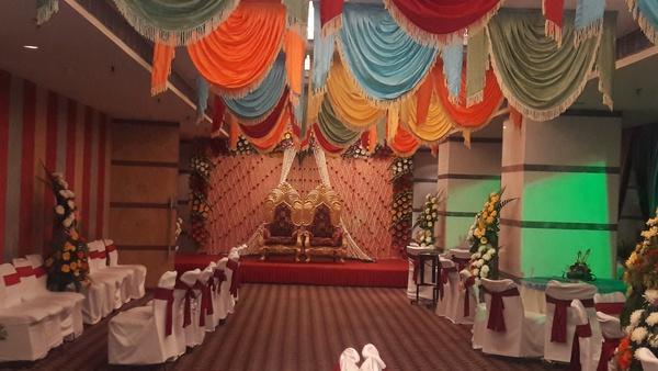 Peerless Inn Marriage Hall in Kolkata