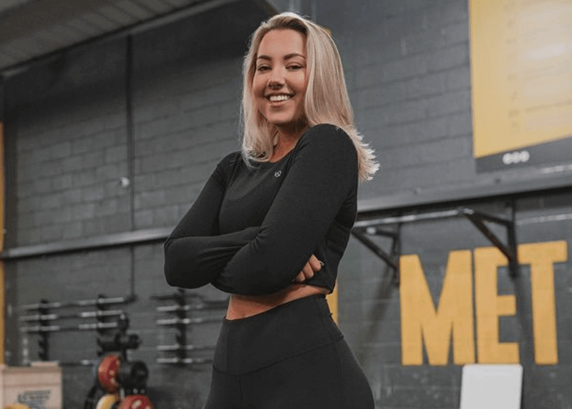How old is Alice Klomp? Statistics of height and body
